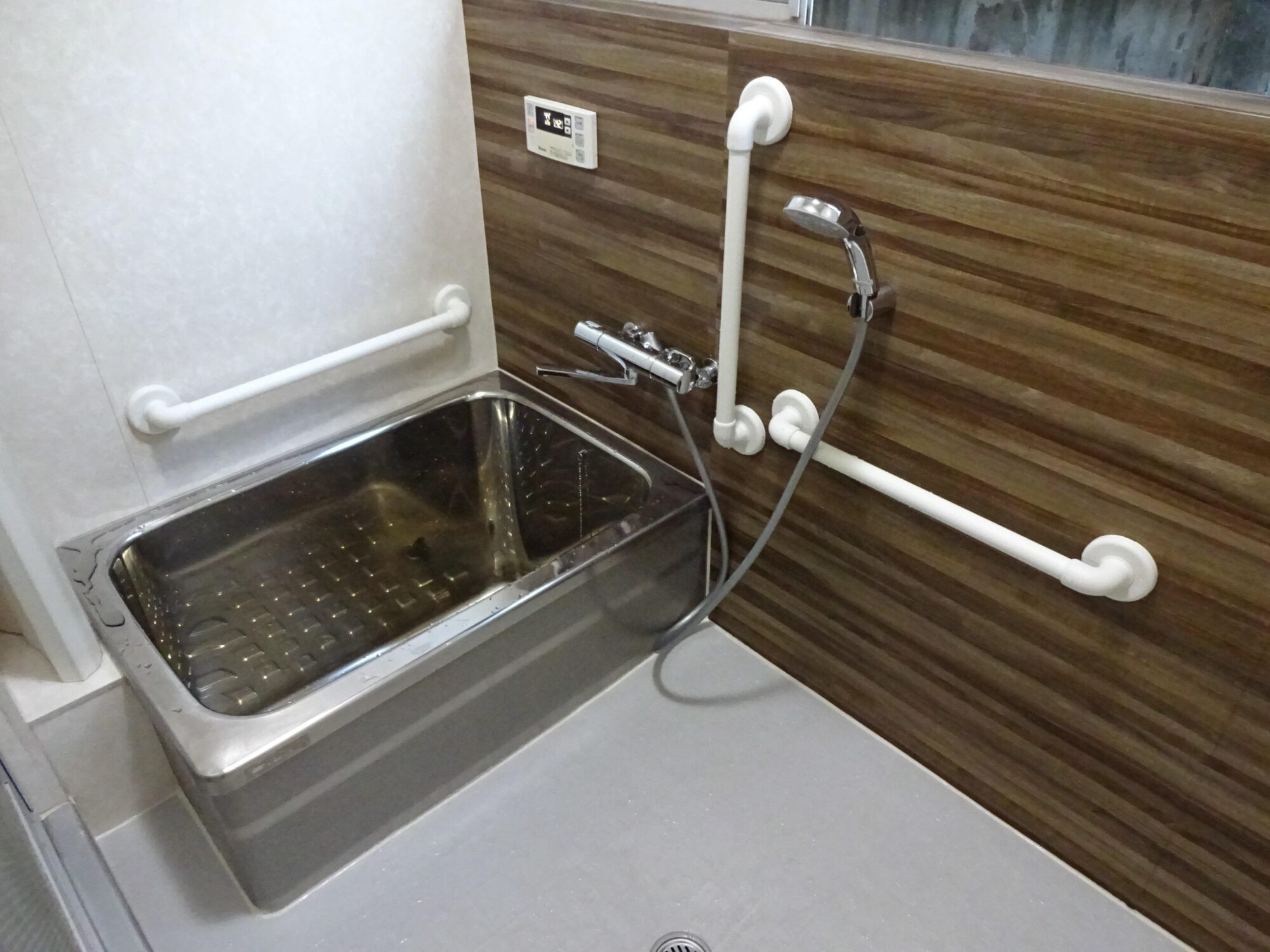 浴室リフォーム シート張り工事